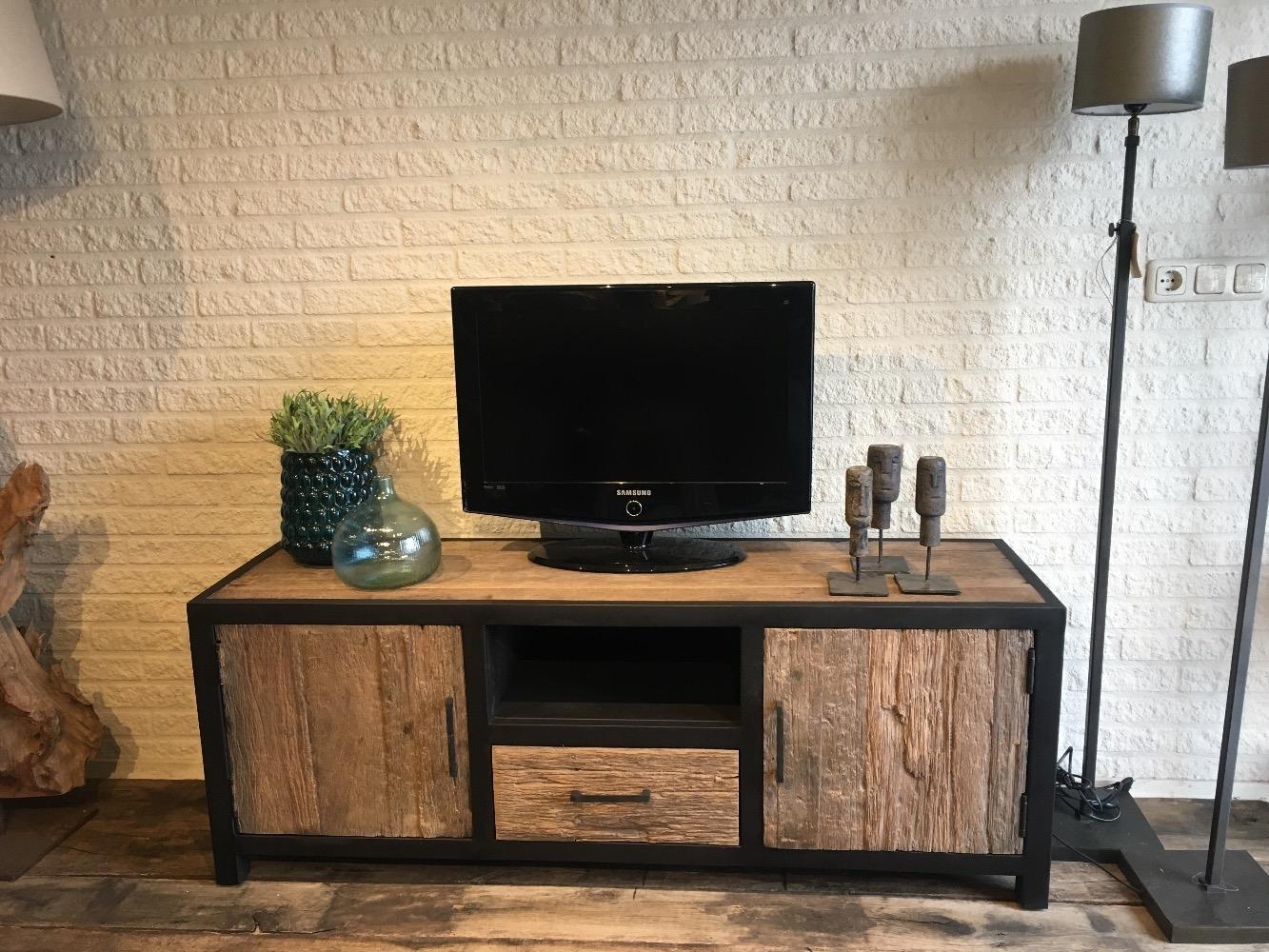 Computer En Tv Meubel.Tv Meubel Oud Hout Staal Kasten Onz Thuys